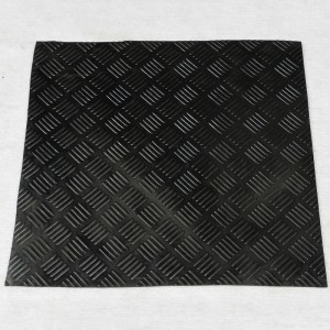 China supplier high quality heating rubber mat for obstetric table of sow