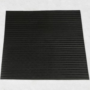 Anti fatigue Dot profile surface agricultural rubber matting animal rubber matting for animal keepers